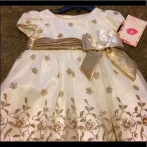Other - Dress size 18 months